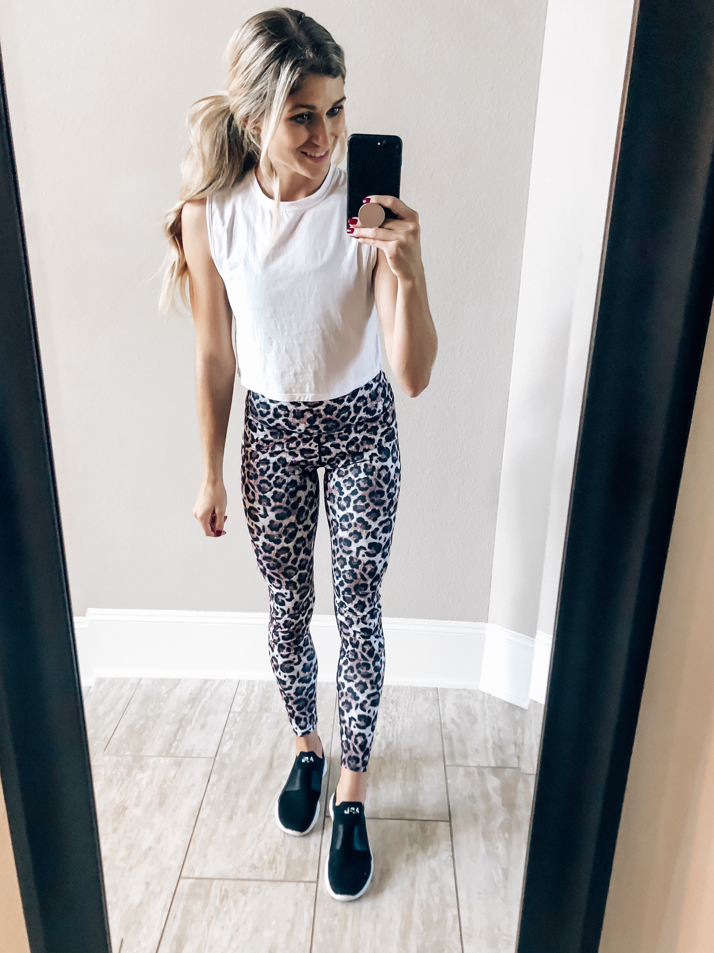 leopard leggings workout outfit